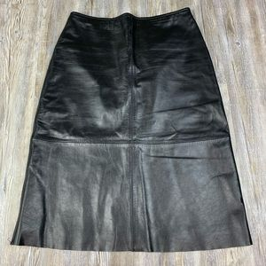 Old Navy 100% Leather Black Skirt Size 6
